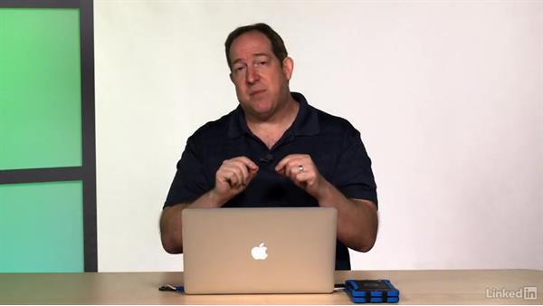 Difference mode to check sync: Final Cut Pro X Guru: Blending Mode Secrets