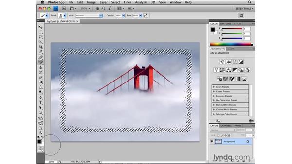 Hiding a selection boundary: Photoshop CS4: Selections in Depth