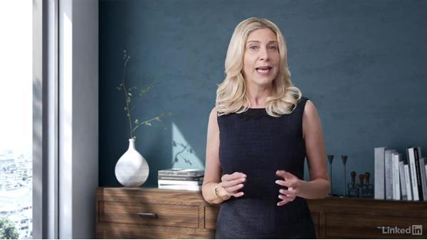 Messaging vs. content: Customer Decision Journey