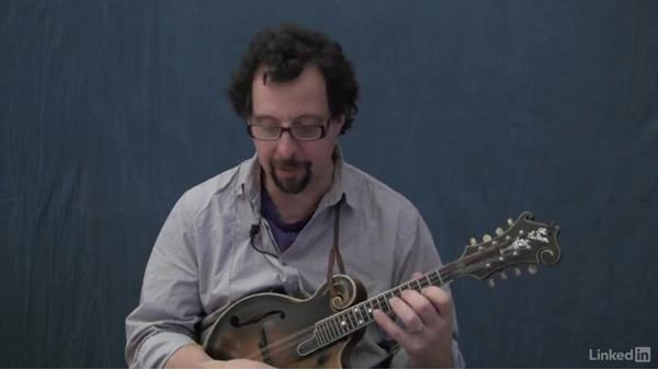 """Auld Lang Syne"" bluegrass style: Mandolin Lessons with Mike Marshall: 4 Favorite Advanced Tunes"