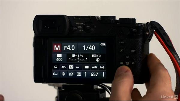 Choosing a shooting mode: Learn Portrait Photography: The Basics