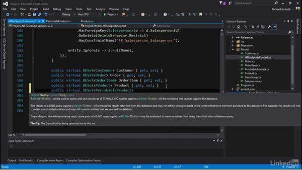 Creating an inhertance relationship: Accessing Existing Databases with Entity Framework Core