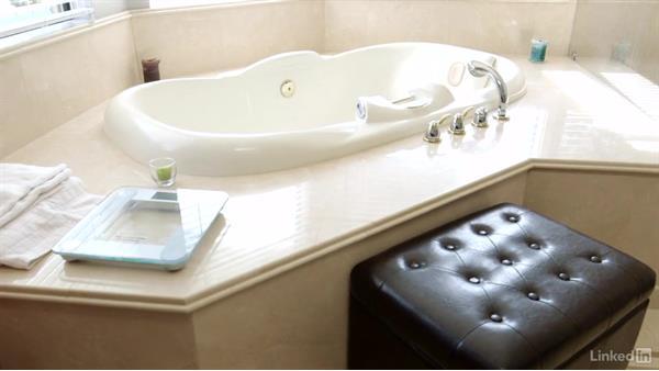 Walk-through and room description: Real Estate Photography: Master Bathrooms