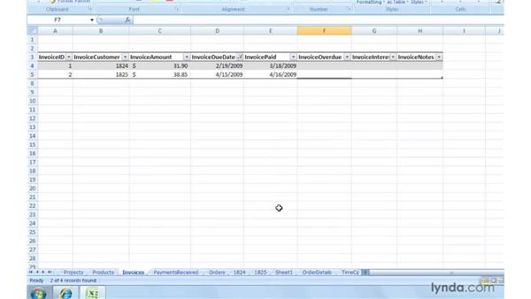 Filtering the invoice table to find current items: Excel 2007: Creating and Managing Invoices