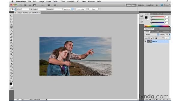 Bringing back hidden pixels with Reveal All: Photoshop CS5 Essential Training