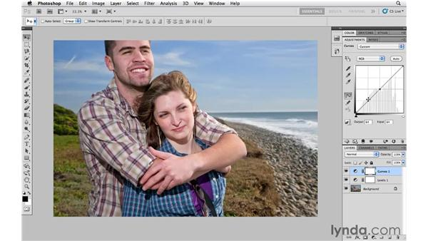 Increasing midtone contrast with Curves: Photoshop CS5 Essential Training