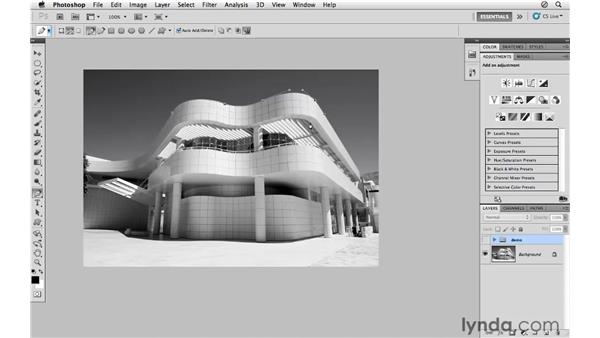 Creating a path selection : Photoshop CS5 for Photographers