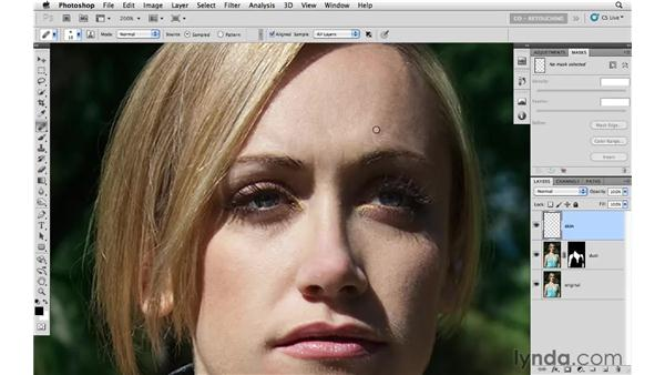 Cleaning up small skin blemishes: Photoshop CS5: Portrait Retouching