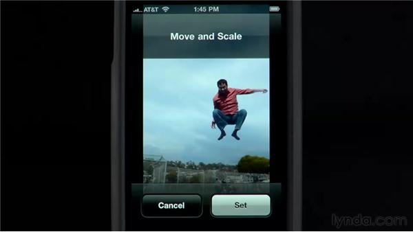 Customizing your wallpaper: iPhone and iPod touch iOS 4 Essential Training