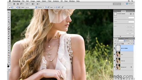 Changing shape with Warp : Photoshop CS5: Fashion Retouching Projects