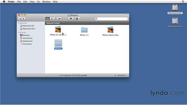 Preparing to install iPhoto '11: iPhoto '11 Essential Training