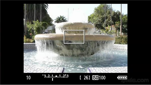 Controlling motion : Foundations of Photography: Exposure