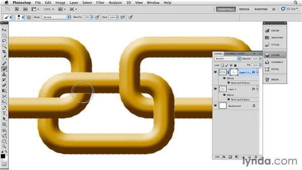 Applying layer masks and layer styles to create a chain link in a necklace: Bert Monroy: The Making of Times Square, The Tools