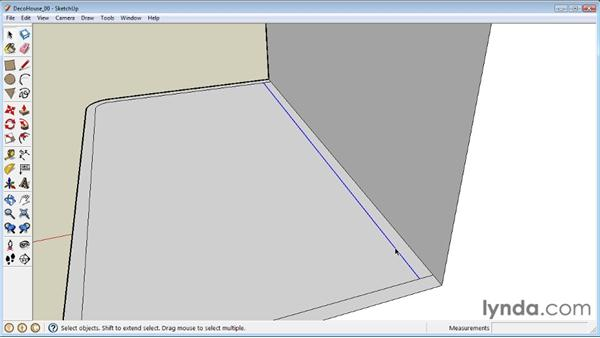 Using the Offset tool to create outlines : SketchUp 8 Essential Training