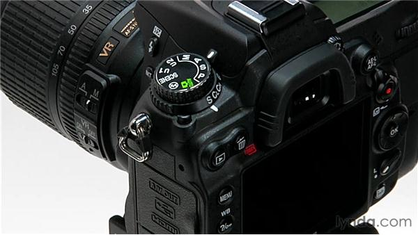 Understanding basic camera anatomy: Shooting with the Nikon D7000