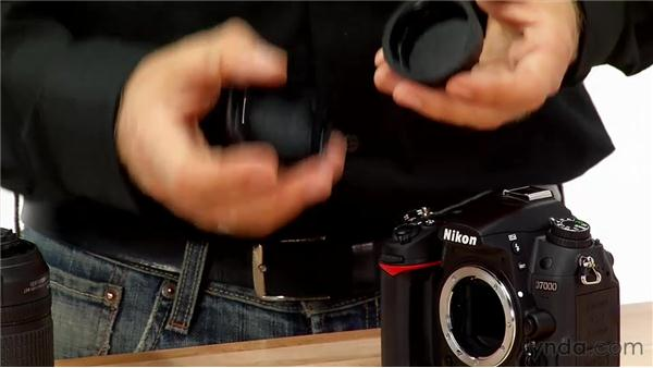 Attaching a lens to your camera: Shooting with the Nikon D7000