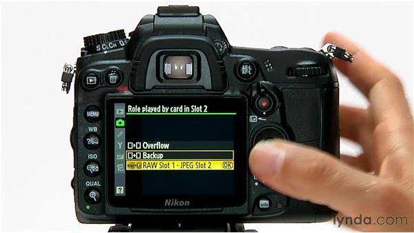 Using two cards: Shooting with the Nikon D7000