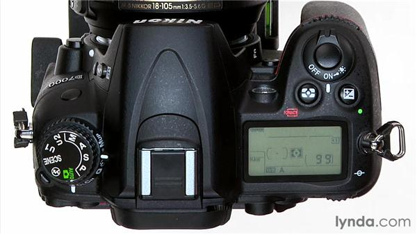 Shutter Priority mode: Shooting with the Nikon D7000