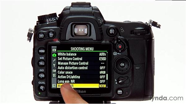 Long-exposure noise reduction: Shooting with the Nikon D7000