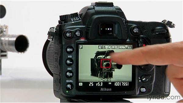 Activating Live View: Shooting with the Nikon D7000