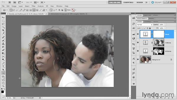Creating and feathering a vector mask: Photoshop Masking and Compositing: Fundamentals
