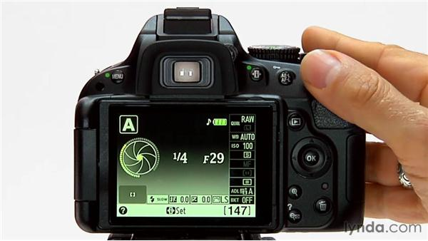 how to change aperture on nikon d5100
