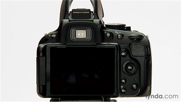 Slow sync flash: Shooting with the Nikon D5100