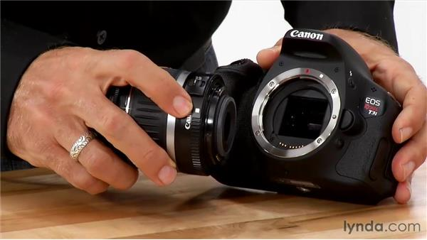 Attaching a lens to your camera: Shooting with the Canon Rebel T3i (600D and Kiss X5)