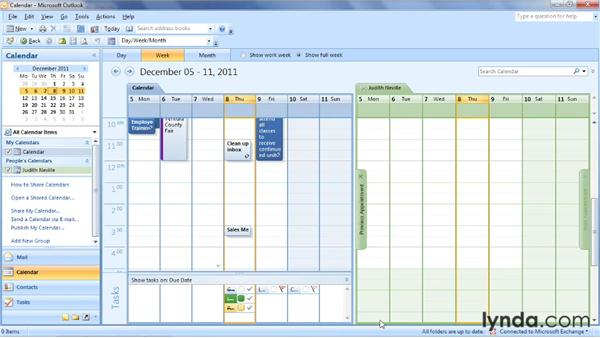 viewing daily or weekly task lists in the calendar